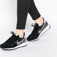 Nike Internationalist Black Trainers