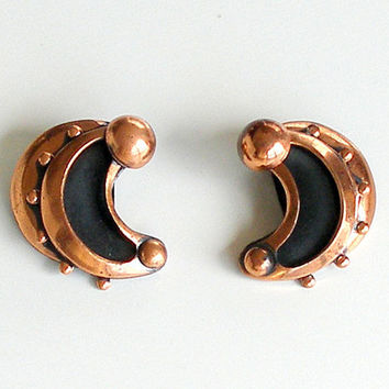 Renoir Vintage Earrings Copper Cresent Moon 1950s Clip On