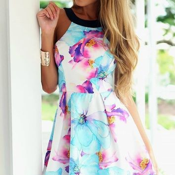 Summer Smiles Slim Flare Dress