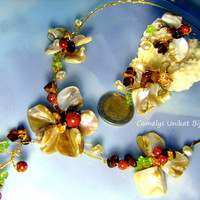 Jewelry floral Set with Nacre, Gems, Wire wrap