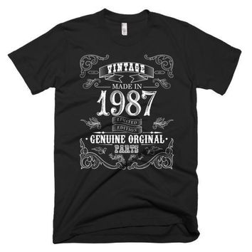Men's Born in 1987 Aged to perfection 30 yrs years old Vintage T-Shirt