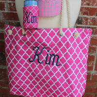 Monogrammed Quatrefoil Beach Bag and Monogrammed Quatrefoil Koozie, Personalized Geometric Design Coozie and Pool Bag