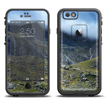 The Cloudy Retina Paradise Mountain LifeProof Case Skin (Other LifeProof Models Available!)