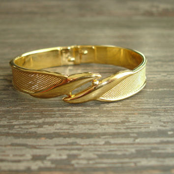 Vintage Monet Bracelet, Textured Gold Tone Hinged Cuff Bracelet, Clamper Bracelet, Estate Jewelry, Monet Jewelry, Costume Jewelry