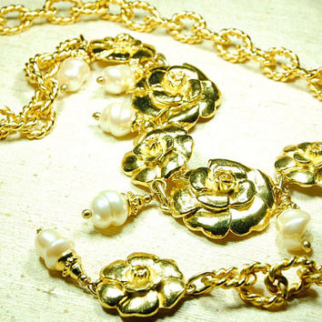 Vintage Golden Embossed Sculptured Camelia Flower Faux Pearl Drop Pendant Filigree Chain Belt