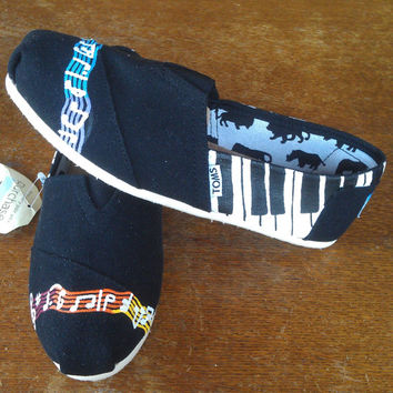Custom, Hand Painted Musical TOMS.