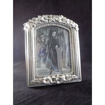 Silver Photo Frame With Flower Trim