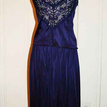 Vanity Fair / Deep Blue Vintage Lingerie, Two Piece Slip, Ladies size 36/42