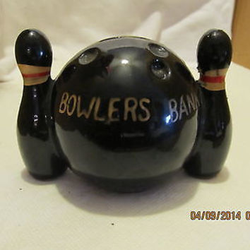 1960'S VINTAGE BOWLING PIN WITH BOWLING BALL BANK