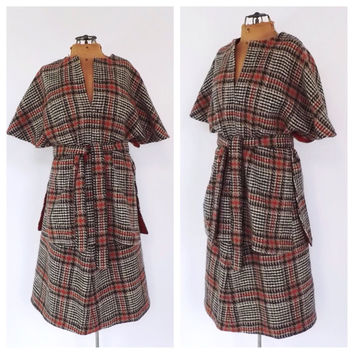 Unique Vintage 1960s 70s Two Piece Plaid Skirt Suit 60s Wool Cape Poncho Suit Set Mod Ladies Size Medium Tunic Top Pencil Skirt Outfit