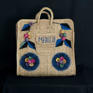 Vintage 50's 60's Mexican Straw Tote Bag Embroidered Flowers and Starburst Beach Souvenir Kitsch