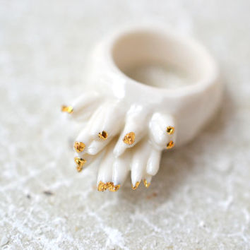 Accroche-moi, porcelain ring, glazed and painted with gold, one of a kind (OOAK), Porcelain jewelry