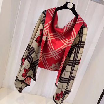 Burberry Women's Fashion Casual Wool Knit Scarf