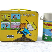 Vintage Snoopy Metal Lunch Box / Retro Charlie Brown Metal Lunch Box