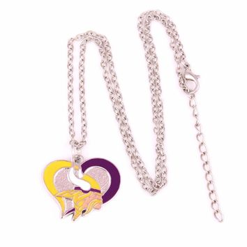 Drop shipping 1pcs Enamel single-sided Minnesota Vikings Swirl Heart Football team logo charm with link chain sports Necklace