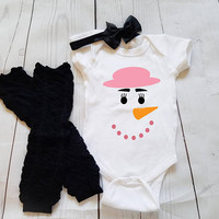 Snowman outfit, baby Onesuit for newborn and babies 6 Month, 12 Month, and 18 Month graphic baby Onesuit