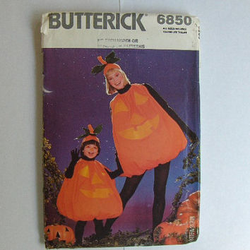 Vintage  Pumpkin Halloween Costume Pattern: Butterick 6850