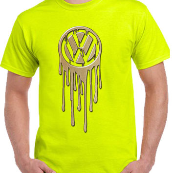 vw bleeding gold Tshirt