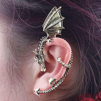 HOT SALE Gothic Punk Style Dragon Earrings Fashion Cool Ear Wrap  Antique Alloy Silver Color No Piercing Earring Drop Shippng
