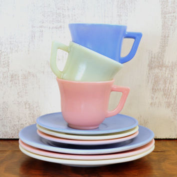 Hazel Atlas Moderntone Toy Dishes, Platonite Dishes, Little Hostess Tea Set, Childs Dishware, Pastel Colors