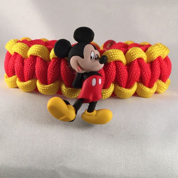 Shy Mickey Mouse - Children Paracord Heaven Survival Bracelet with Button Closure