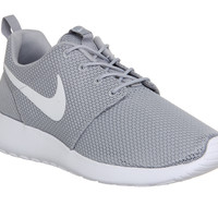 Nike Roshe Run Wolf Grey White - Unisex Sports