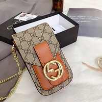 GUCCI 2020 New Retro Wild Chain Bag Phone Bag Crossbody Bag