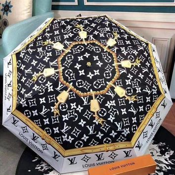 LV Louis Vuitton Fashion Classic Lock Buckle Pattern Umbrella Sunshade Folding Sunshade Automatically I12433-1