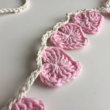 Crochet Heart Garland - Home Decor - Pink - Off White - Valentine's Day - Wedding Decor
