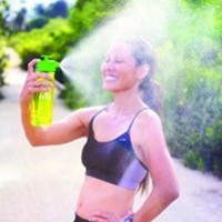 LUNATEC's Aquabot CAP turns water bottles into high pressure multi-functional gear with a personal mister, shower, water gun and the coolest drinking water bottle ever. Perfect for cleaning, cooling off, water fights and hydrating.