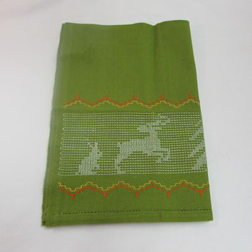 Vintage Tea Towel Christmas Embroidery Reindeer Tree