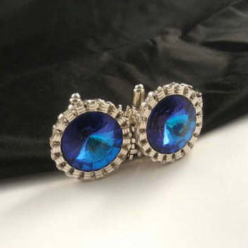 Vintage Big Blue Stone Cuff Links - Statement Jewelry Accessories - Old Hollywood Glamour - High End Gift For Him - Mad Men Mod