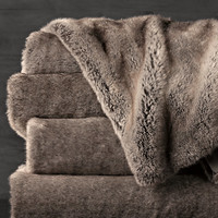 Luxe Faux Fur Throw - Wolf