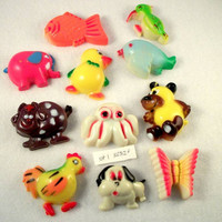 Animal Magnet Set - Vintage 50s 60s Kitsch Decor - 11 in all