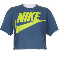 Rokit Recycled Nike Cropped T-Shirt - M | Rokit Recycled | Rokit Vintage Clothing