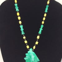 Vintage Native Eskimo Carved Stone Necklace and Pendant Green Onyx Agate Jade