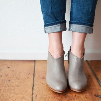 Stella Leather Booties in Grey