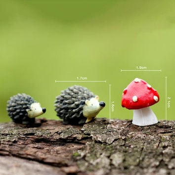 3Pcs/set Artificial mini hedgehog with red dot mushroom miniatures fairy garden moss terrarium resin crafts decorations for home