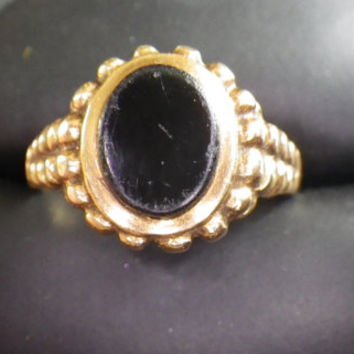 Vintage 9ct Yellow Gold Onyx Men's Signet Ring