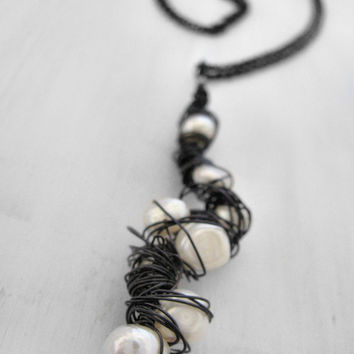 Pearl Necklace, Black Necklace, White Necklace, Futuristic Necklace, Cyberpunk Necklace, Natural Necklace, Freshwater Pearls, White Pearls