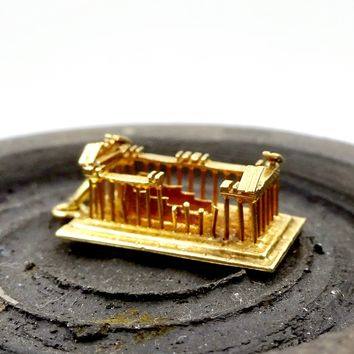 Vintage 18k GOLD PARTHENON CHARM 18k Yellow Gold Figural 3D Greek Parthenon Pendant Charm