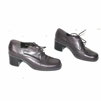 size 8 CHUNK heel oxfords vintage 90s grunge MINIMALIST brown leather lace up OXFORD tie shoes