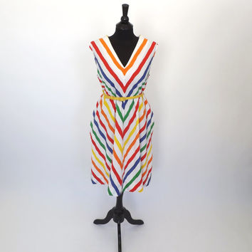 PLUS SIZE Vintage 1970s 60s Rainbow Chevron Striped White Tent Tank Dress Cotton Sundress Short Shift Dress Groovy Size Large Beach Hipster