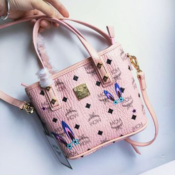 MCM New Fashion Museum Series Studded Shoulder Bag Shopping Bag Bag Messenger Bag Tote Bag pink