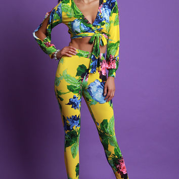 Floral Print Surplice Crop Top With High Waisted Taper Pants Set | UrbanOG