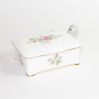 ROYAL ALBERT Moss Rose Bone China Trinket Jewelry Box
