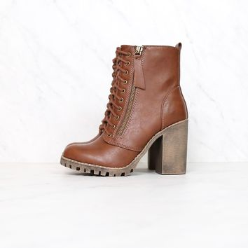 Faux Leather Lace Up Chunky Ankle Boot in Tan