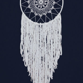 Dream Catcher/ White Dream Catcher/ Doily Dream Catcher/ Crochet Dream catcher/ White Dream Catcher
