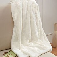 Plush Luxe Ivory Faux Fur Throw 50