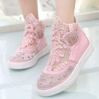 Fashion embroidery round head casual shoes